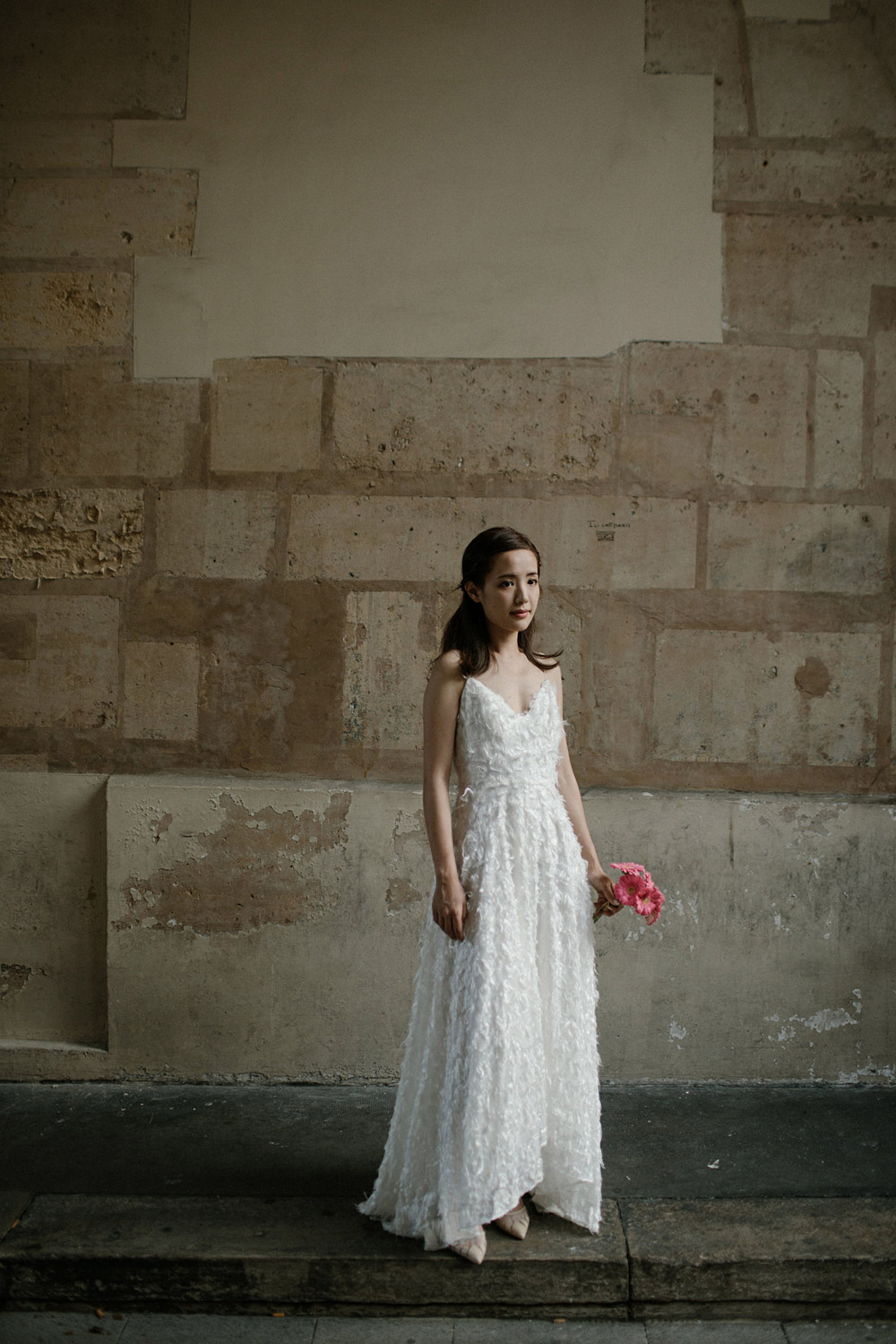 portrait of a bride in the streets of paris